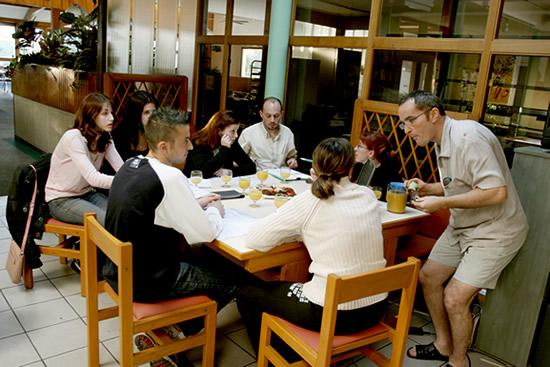 Admission Foyer Jeune Travailleur : Ftj le foyer des jeunes travailleurs beaune